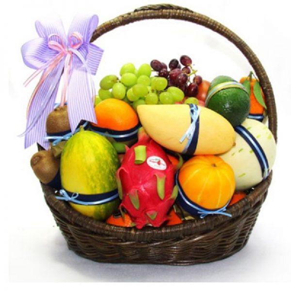 Cập nhật giá giỏ trái cây trên thị trường