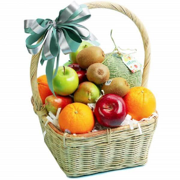Chọn giỏ trái cây phù hợp với đối tượng nhận được quà
